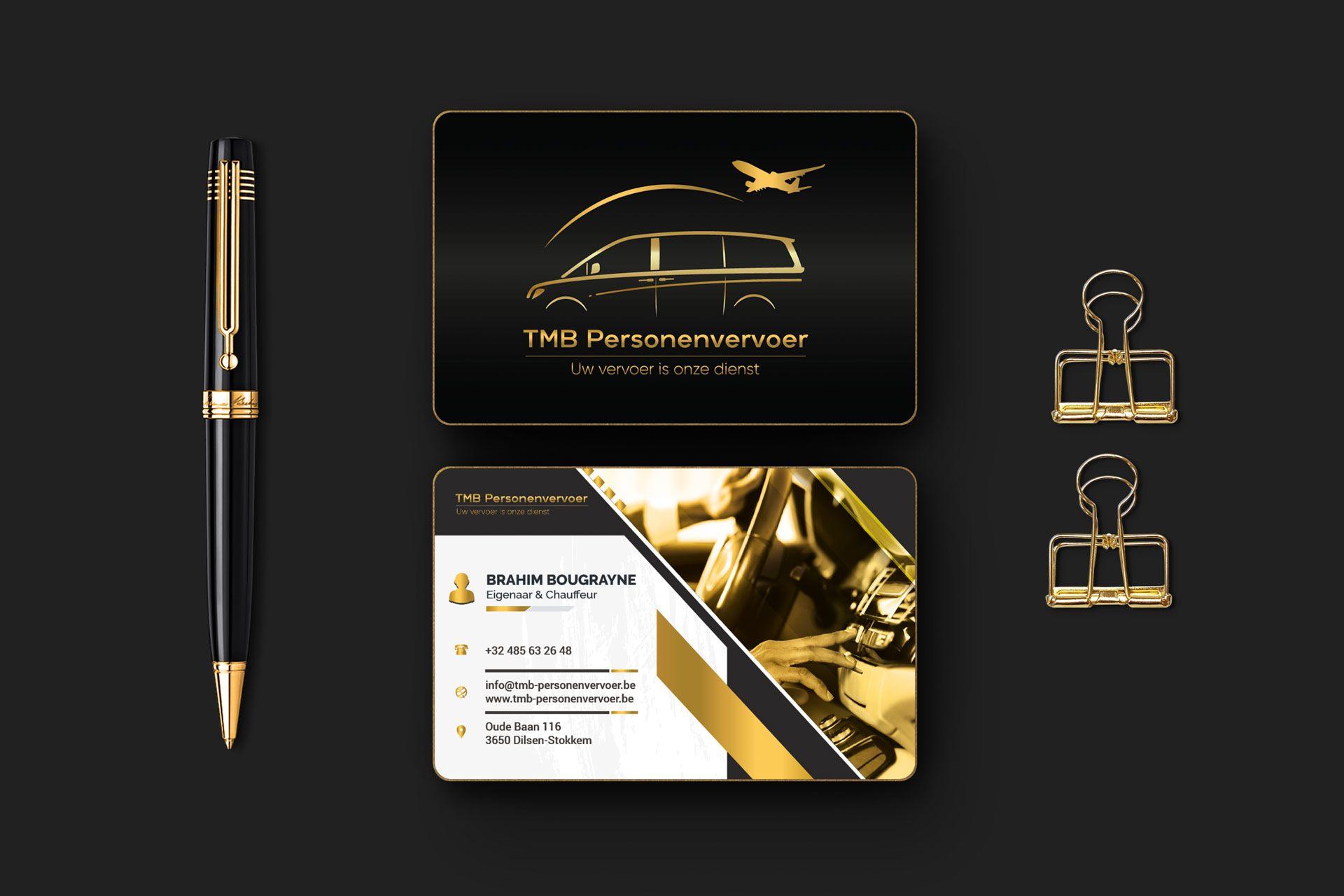 85x55_business_card_mockup_03