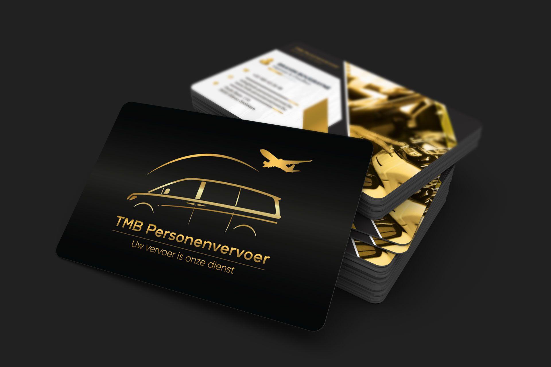 85x55_business_card_mockup_07